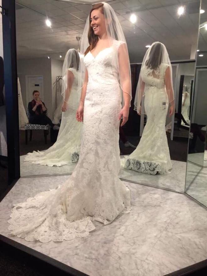 How to save on wedding dress