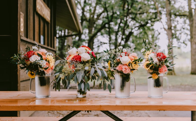 10 Tips for DIY Wedding Flowers + Real LifeCosts